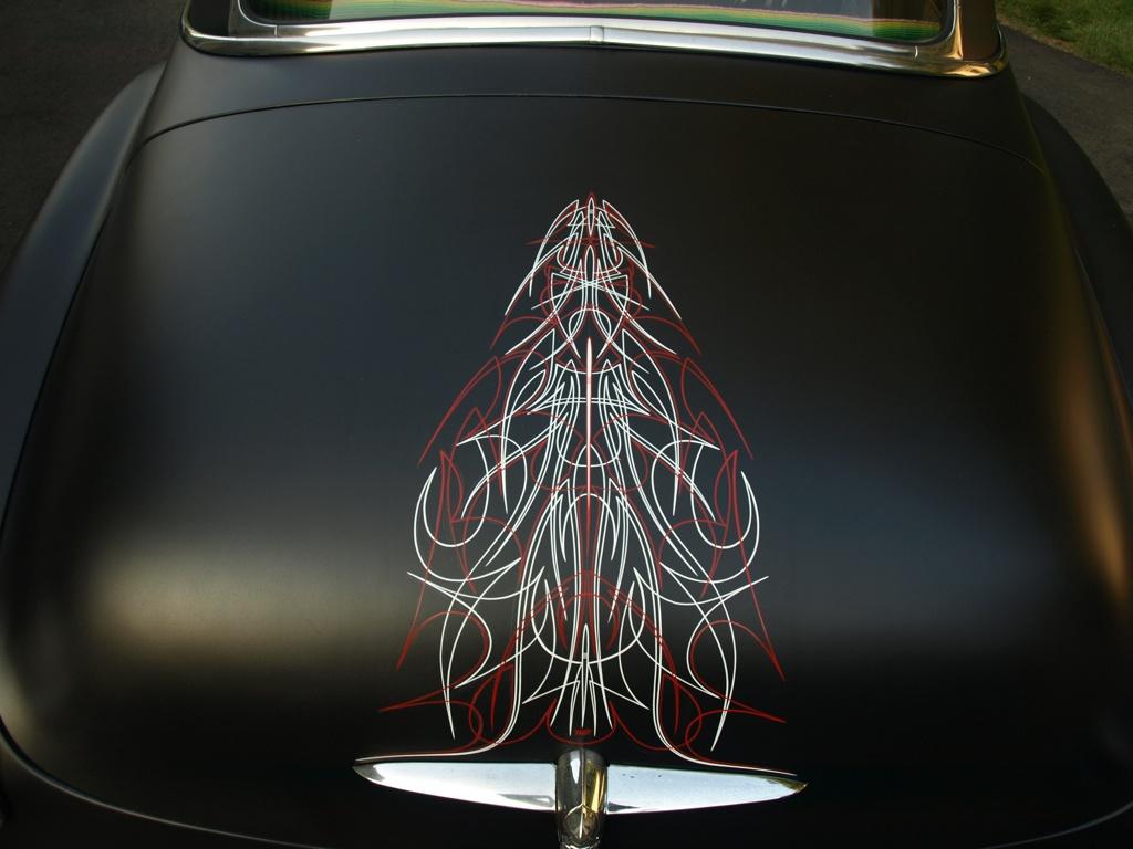 Examining The Beauty Of Classic Car Pinstriping Carole Nash