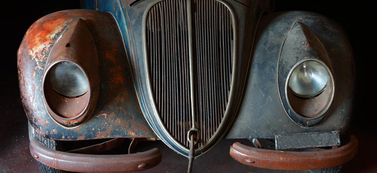 restoring-classic-cars.jpg